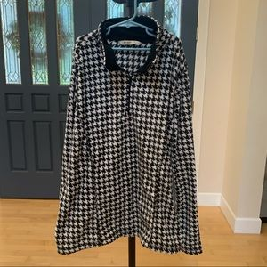 Old navy performance fleece size L houndstooth